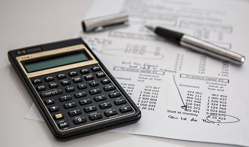 Sådan skaber du overblik over din økonomi med et budgetskema